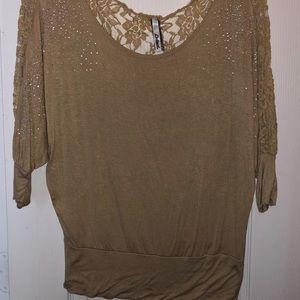 Tops - Beautiful tan blouse!
